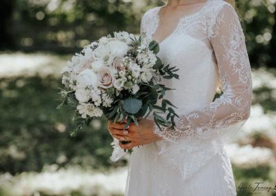 ilupildid, toss, pulmakorraldus, pulmakorraldaja, dekoreerimine, dekoratsioonid, pruutpaar, pulmapäev, pruudikimp, lilleseaded